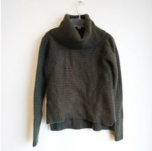100% Cashmere Chunky Olive Green Sweater